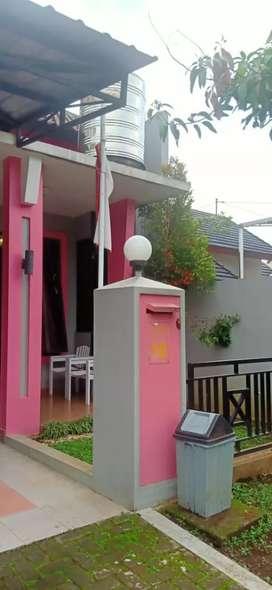Disewakan/Dijual Rumah Dikawasan Perumahan Elit Mega Resident
