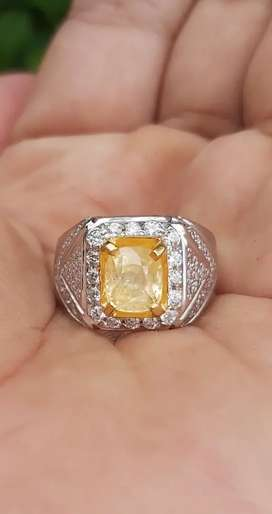 Natural yakut / yellow safir---MEMO NO HEAT