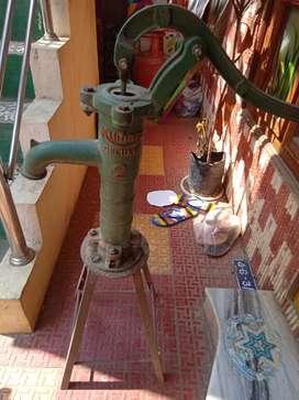 Bore pipe pump