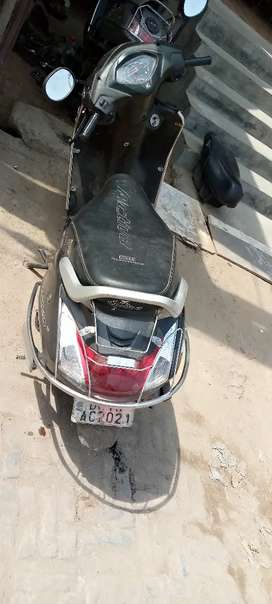Well maintained Activa 4G for sale