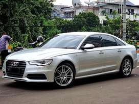 Audi A6 2012 / 2.8L / S-Line / V6 Engine/ Like NEW Condition