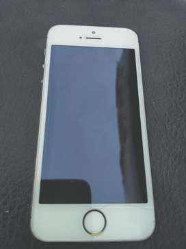 Iphone 5S 32 Gb Condition 10.8 Urgent Sale Only Sireous Buyr Contact
