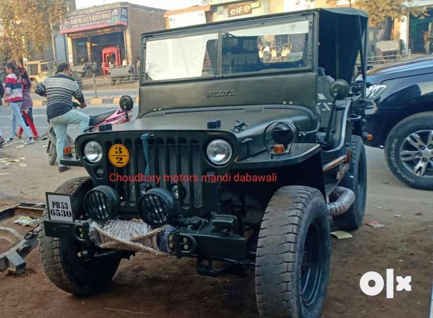 Left hand drive Willy military jeep, petrol 0