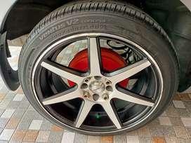 Dijual Nissan gran Livina THN 2013