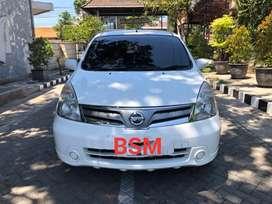Nissan Grand Livina SV 1,5 Matic 2012 Putih W-Gresik [ BisaTT/Kredit]