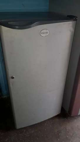 Electrolux 180 litre good condition fridge.