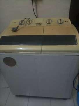 LG Semi Automatic machine