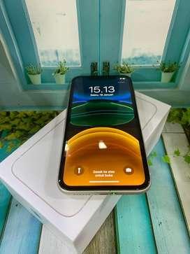 Seken Iphone 11 128Gb  White International 