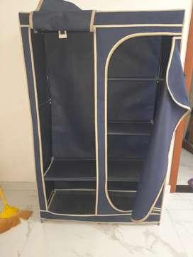 Cloth almira