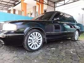 JUAL (NEGO) Mobil Klasik Toyota Crown Royalsaloon 2000cc th 1994
