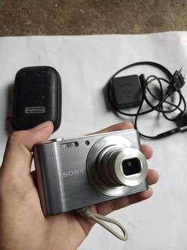 Kamera digital sony w810 resolusi 20 mp hasil jernih
