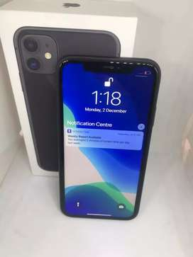IPhone 11 64gb { brand new condition }