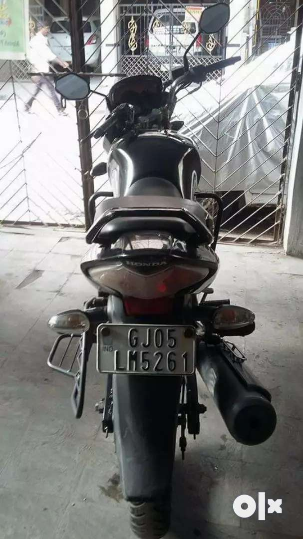 Honda CB UNICORN IT'S WEEL AND GOOD CONDITIONS AND ALSO WELL MAINTAINE 0