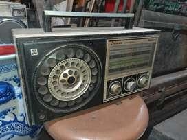 Radio transistor national