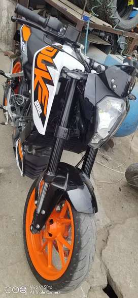 I want to sale my ktm duke 125 no issue only 4 month old