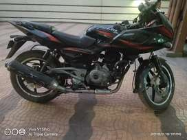 Pulsar 220f. Excellent condition..only 40000