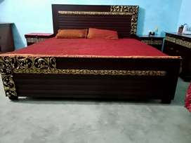 only 5 days used Double bed Rs. 36000