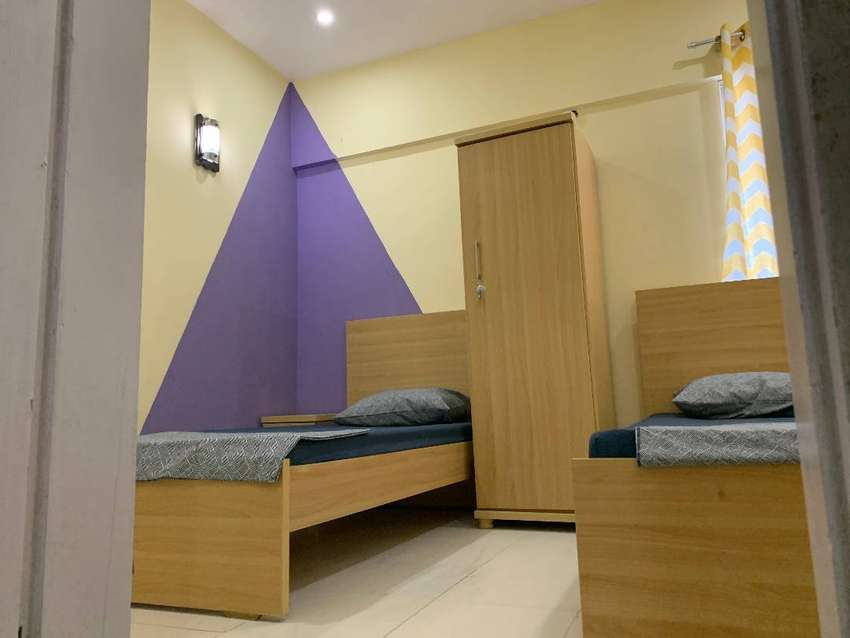 Twin Sharing Room in DHA for Working Profesionals in Karachi 0