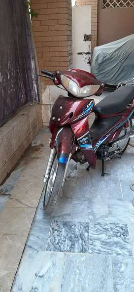 Sport power Scooty
