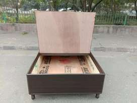 Good quality Brand new diwan bed size 6/4 good finishing and design