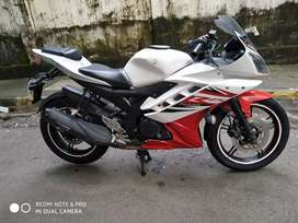 Yamaha r15 v2 in good condition
