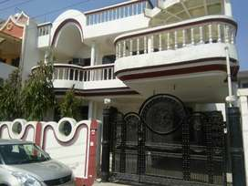 350 YARD DESIGFNER KOTHI ONLY IN 3 CRORE ( SAKET MEERUT)