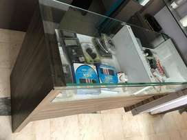 COUNTER TABEL FOR SHOPE USE