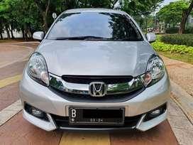 Honda mobilio e cvt matic tahun 2014 warna silver, terawat!!