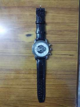 Black leather strap watch - imported