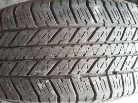 R 17 . Ban fortuner / pajero . Bridgestone