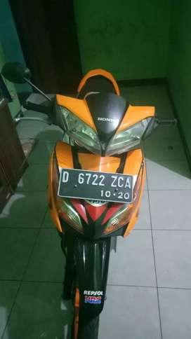 Honda blade repsol 125