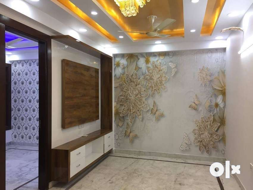 Three Bhk Builder Floor Ready To Move With Car Parking Semi Furnishe 0