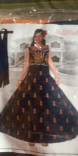 Long gown and Leging free