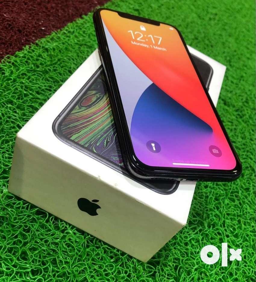 Apple iPhone X / 256GB / 5.8inch / Dual Camera / Space Grey / Warranty
