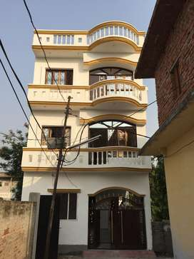 1BHK for Rent, with modular kitchen just  2km from Hazratganj