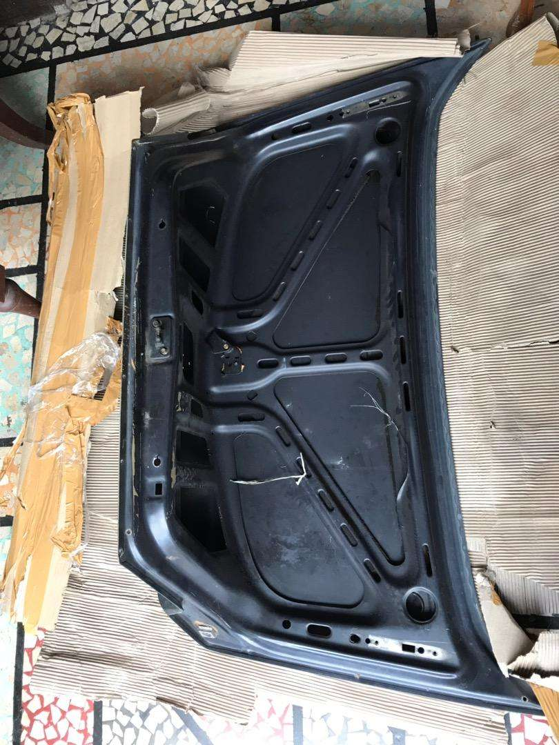 kap bagasi w124 300e 0