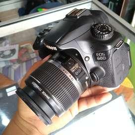 Canon eos 60d + lensa kit siap tempur