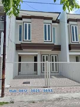 Miliki Rumah Mewah 2 Lantai Di Komplek Sutorejo Surabaya