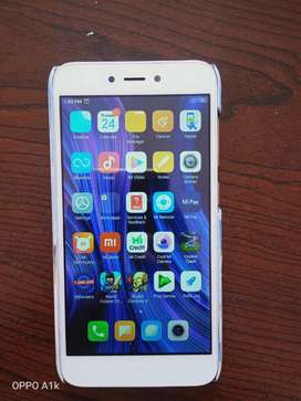 Mi4 8 months old and no bill and box only phone