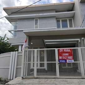 Dijual Cepat Rumah Baru Sutorejo Timur