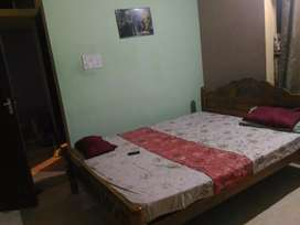 First floor rent- for womens/ small family