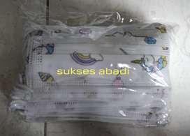 MASKER ANAK EARLOOP 1 BOX ISI 50 PCS