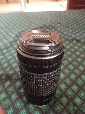 Nikon zoom lens 70-300mm VR