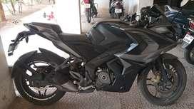 RS200 BLACK NON ABS