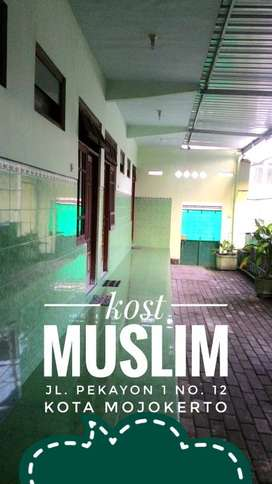 MUSLIM kost / kos Mojokerto (Lokasi Strategis)