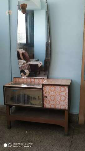 Dressing Table Wooden with Mirror