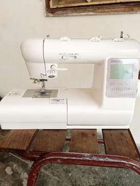 Good conditions sewing machine