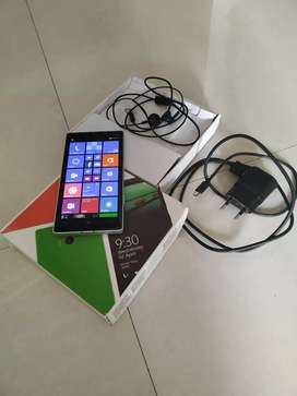 Nokia lumia 930.excellant condition. Full accessoires with box