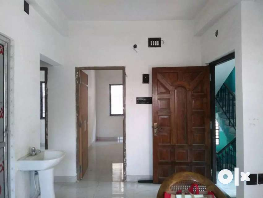 Brand New 3bhk Ready Flat Available For Sale In Kestopur Only 34lac 0