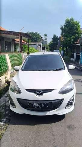 Mazda 2 R mt 2012 murah